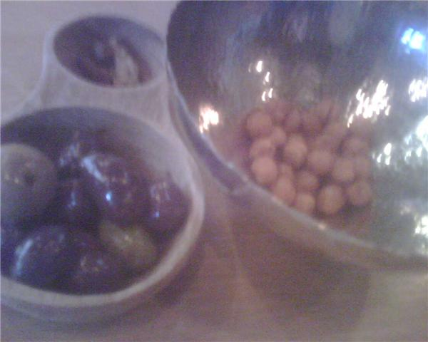 Olives and chickpeas